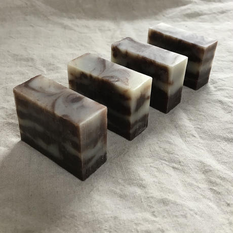 avocado&rosehips soap