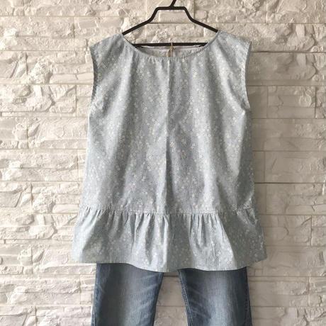 人用服・フレンチトップ・裾フリル・花柄(Mサイズ)