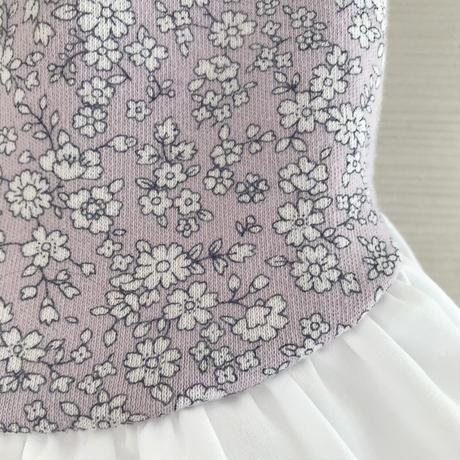 M・ワンコ服・紫小花柄ワンピ・裾フリル(Mサイズ)