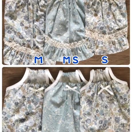 S・ワンコ服・花柄キャミワンピ・裾フリル(Sサイズ)