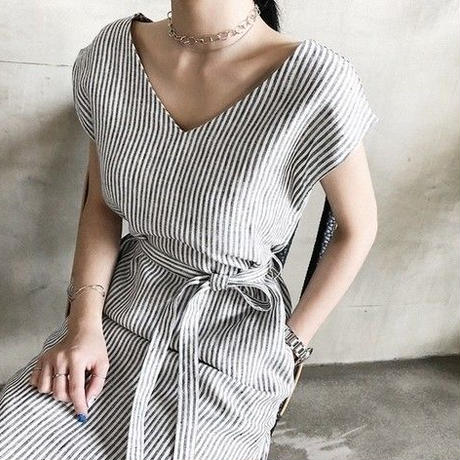 即納 v neck stripe one-piece