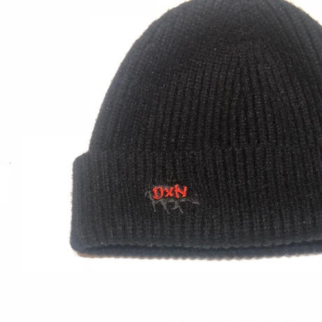 DXN LOGO KNIT CAP BLK-RED