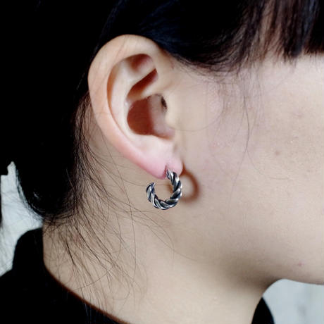【予約】 press pierce SILVER  片耳【HRA042SV】