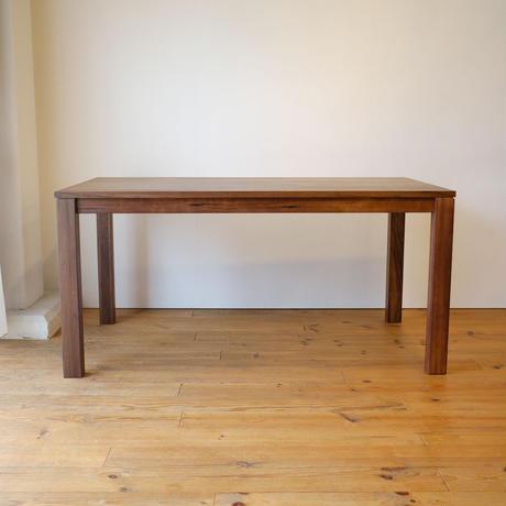 フラット ダイニングテーブル