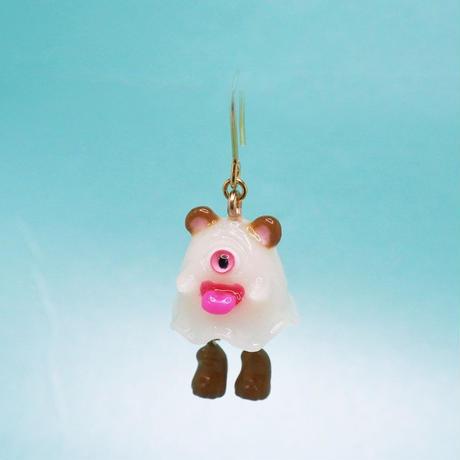 クマおばけちゃんピアス(蓄光塗料使用)  (片耳)(イヤリング交換可能)  ピンク