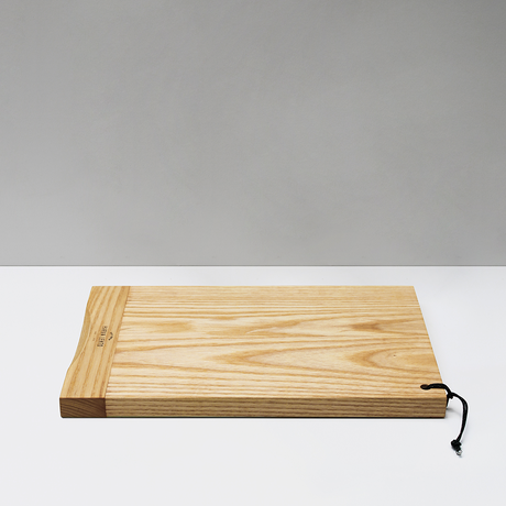 SKEW cutting board / L / Ash