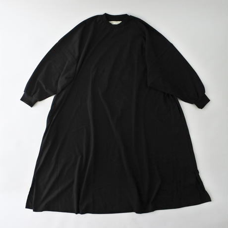 FAT SLEEVES DRESS(ファットスリーブワンピース) A52002