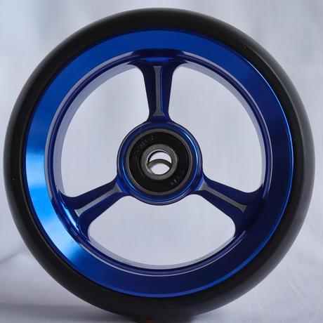 【dLITEキャスター】4インチ ブルー 軽量・軽い転がり・リーズナブルな車いす用ワイドキャスター