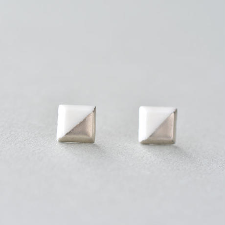 白磁金彩ピアス- square/white matt gold -Silver925