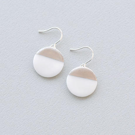 白磁金彩ピアス- circle plate/white matt gold -Silver925