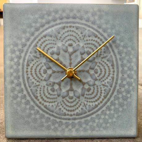 置き時計*LACE TILE CLOCK FOG-2RE(グレー)