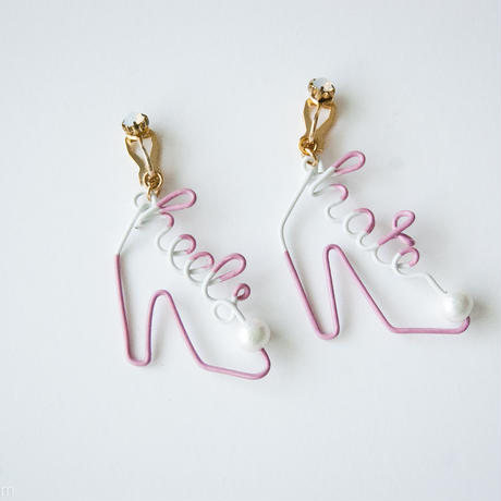 Arty Wire Pierced Earrings  - hate heels  EARRING / MAUVE ROSE