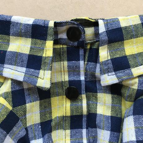 刺繍チェックシャツ