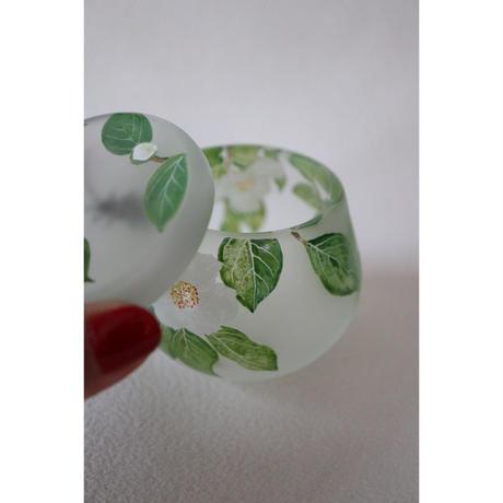 山崎葉 ガラス 椿とカミキリムシ 蓋物