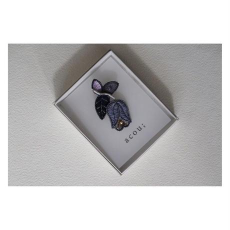 acou;  刺繍ブローチ  ヘミングアーツオリジナル クレマチス