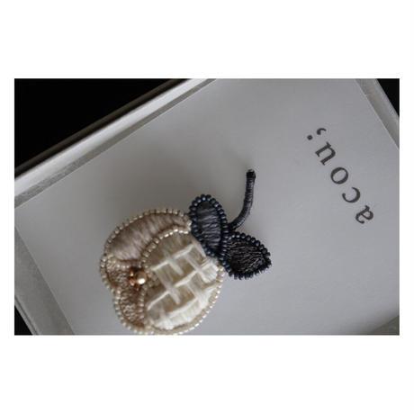 acou; フランスオートクチュール刺繍 neroli