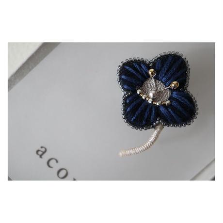 acou; フランスオートクチュール刺繍 の ruri