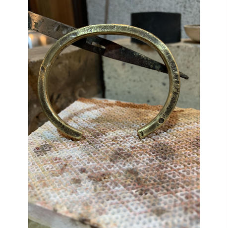 Forged bangle  【brass】