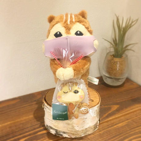【自粛のお供に?】マスクりすのクッキー&ぬいぐるみセット