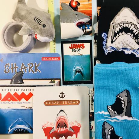 サメのリストバンド