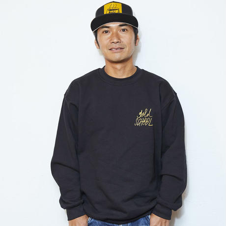 GOLD SCHOOL ORIGINAL LOGO CREWNECK SWEATSHIRT