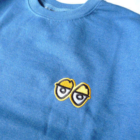 KROOKED STOCK EYES EMBROIDERED CREWNECK