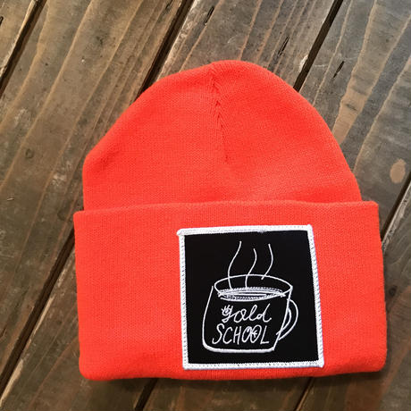 GOLD SCHOOL COFFEE CUP BEANIE