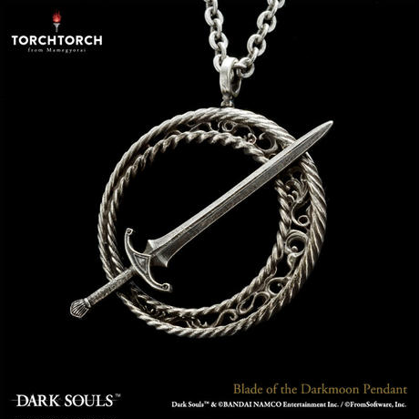 DARK SOULS x TORCH TORCH/ Blade of the Darkmoon Pendant
