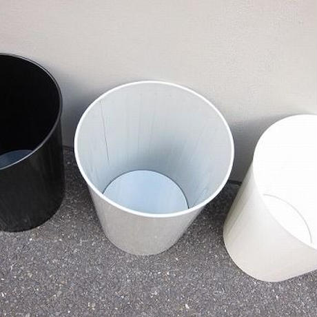 WITT INDUSTRIES / WASTE BASKETS / white