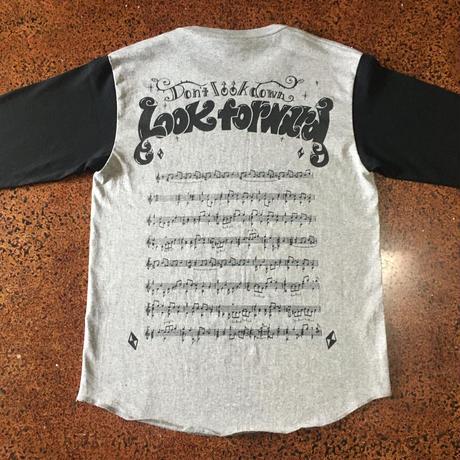 Look forward ラグランTシャツ