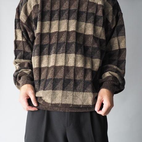 like a 3D tuck knit sweater/unisex