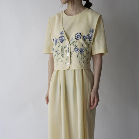 pale tone yellow design dress