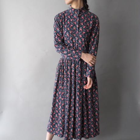 stand collar paisley dress