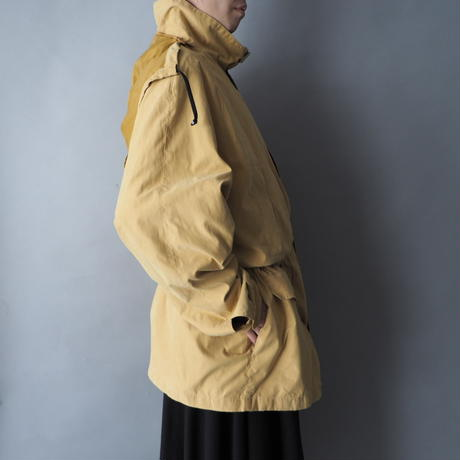 London fog 6pockets mountain coat/unisex