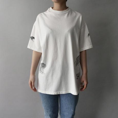 80s tiger print  T-shirt /unisex