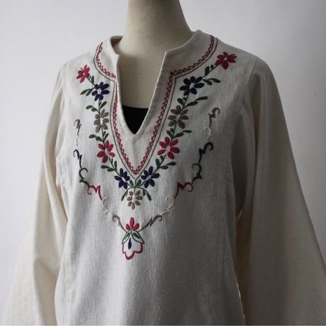 ladies'  folklore botanical embroidery no collar&skipper shirt