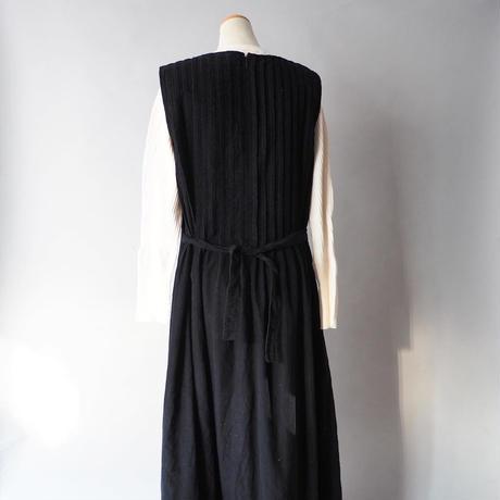 pin tuck soft corduroy jumper skirt