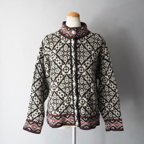 USA old LL Bean Tyrol design knit cardigan