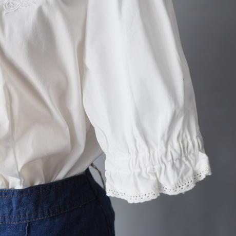 Euro old cotton  Tyrol design  blouse