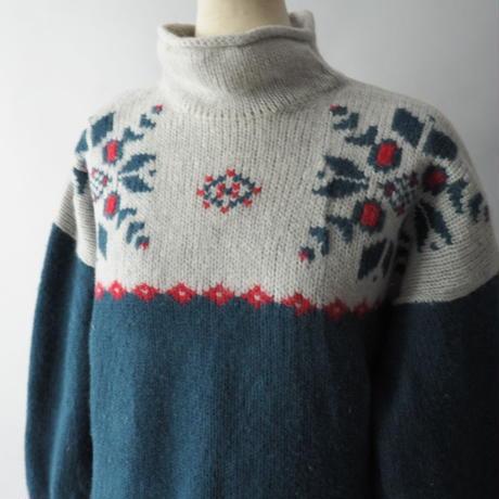 old Eddie Bauer bottle&rollneck nordic knit  sweater/unisex