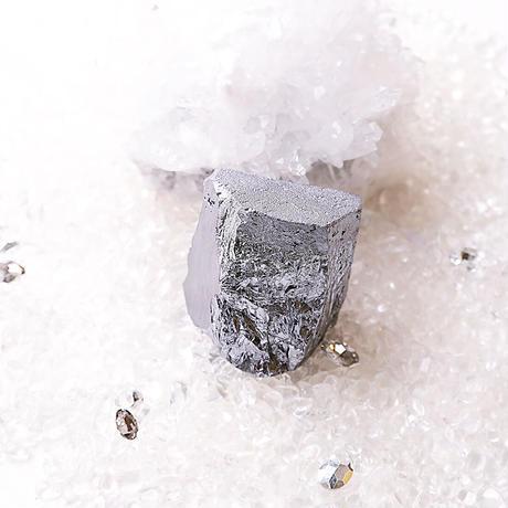 美sha ☆..°高純度ラフ原石500g売り☆テラヘルツ鉱石  原石°..☆おき型:睡眠安眠へと変わる