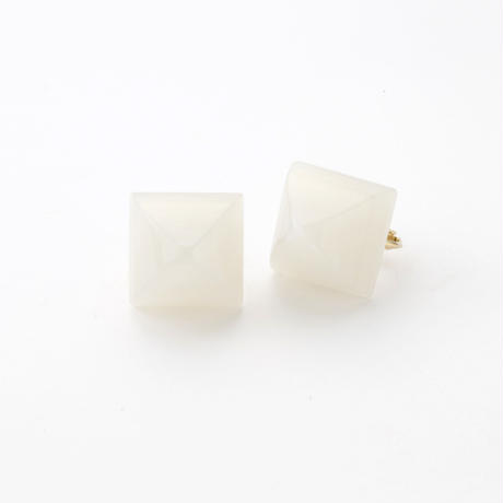 Pyramid Earring(Shell White)