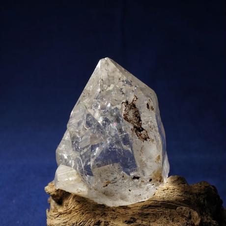 ヒマラヤ水晶 マニカラン産 シングルポイント