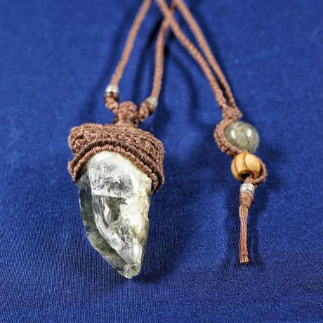 ヒマラヤ水晶 ネックレス ガネーシュヒマール産 クローライト(グリーンルチル・etc)