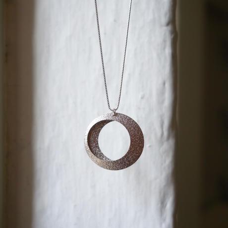 Eclipse necklace / WG