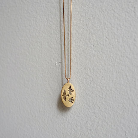 Like a bird necklace / oval