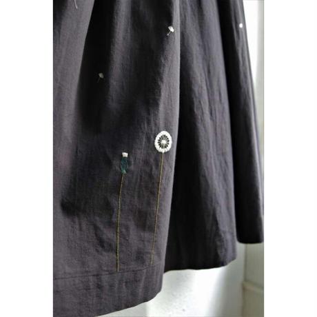 繍 ぬいとり 刺繍スカート 綿毛