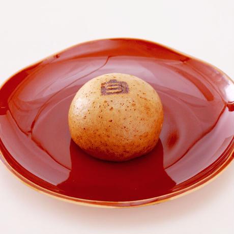 自助饅頭(じすけまんじゅう)黒糖と塩こしあんの温泉饅頭