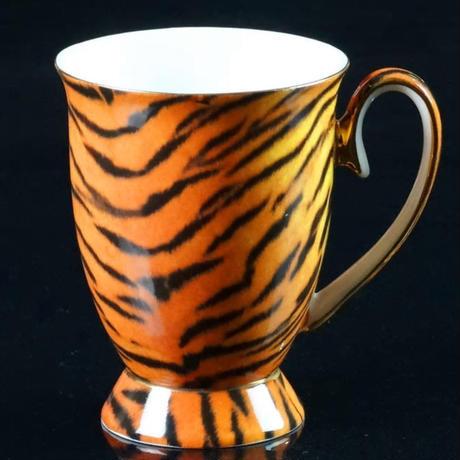 新品送料込  マグカップ ティーカップ 300ml レトロ 豹柄 タイガー  おしゃれ食器 装飾 贈り物  m00603