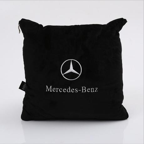 希少 メルセデス ベンツ 広げると毛布になるクッション クッション ブランケット w203 w210 w211 w204 ces cls clk cla slk 00273